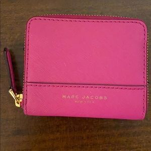 Marc Jacobs New York card holder zip around